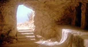 """""""Esta é a noite em que Jesus rompeu o inferno, ao ressurgir da morte vencedor"""". Preconio pascal"""